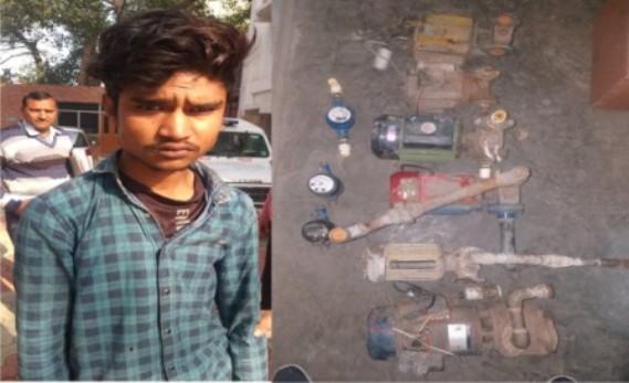 वॉटर मोटर चोर गिरफ्तार, 6 बिजली और 3 पानी के मोटर बरामद